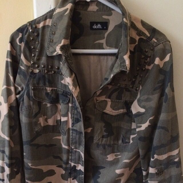 Camouflage Jacket With
