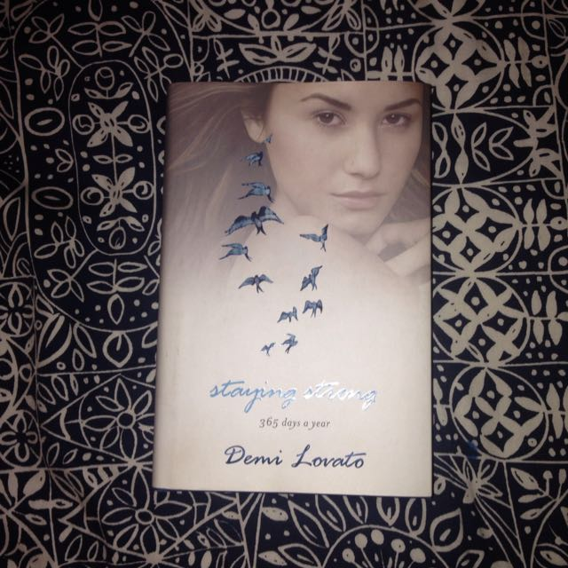 Demis Staying Strong 365 Days Book
