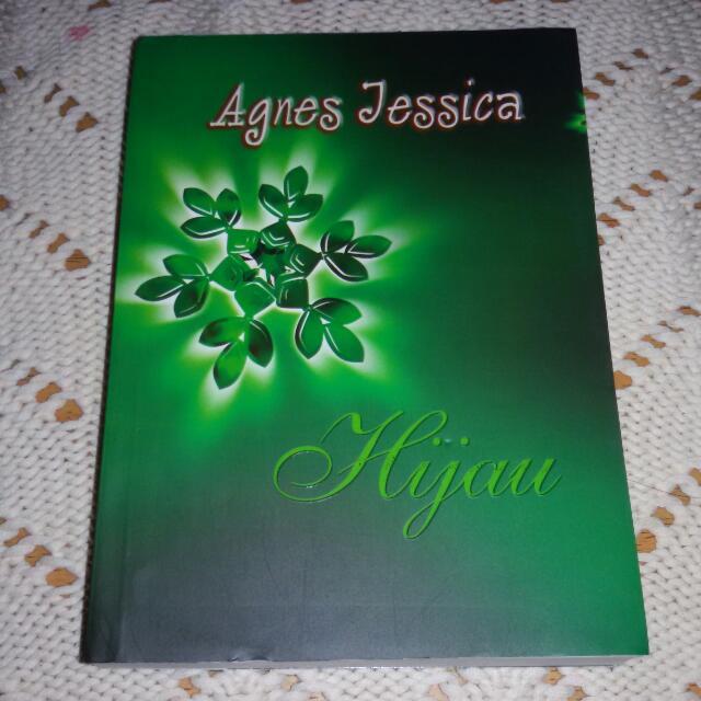 Hijau - Agnes Jessica
