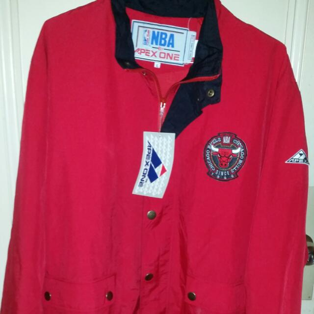 Chicago Bulls Red Jacket Coat Apex One NWT Mens Size L Licensed NBA