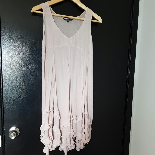 PORTMAN RUFFLED NUDE DRESS