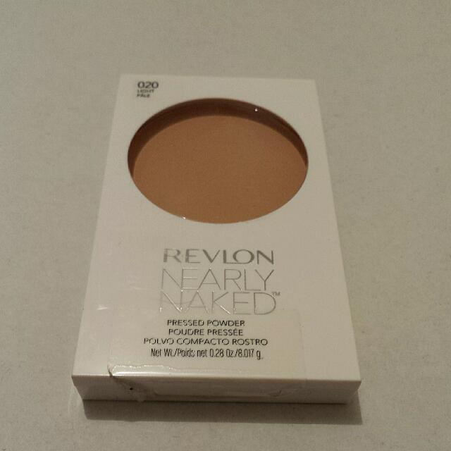 Revlon Nearly Naked Pressed Powder 020 Light