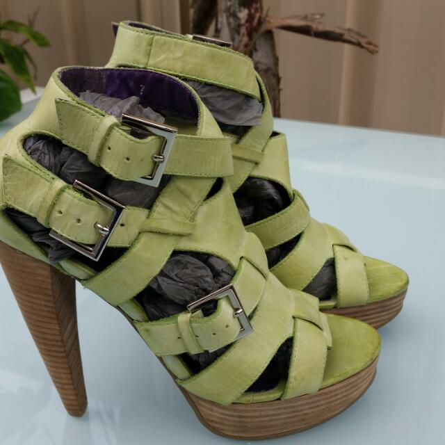 Stiletto Lime Leather Straps