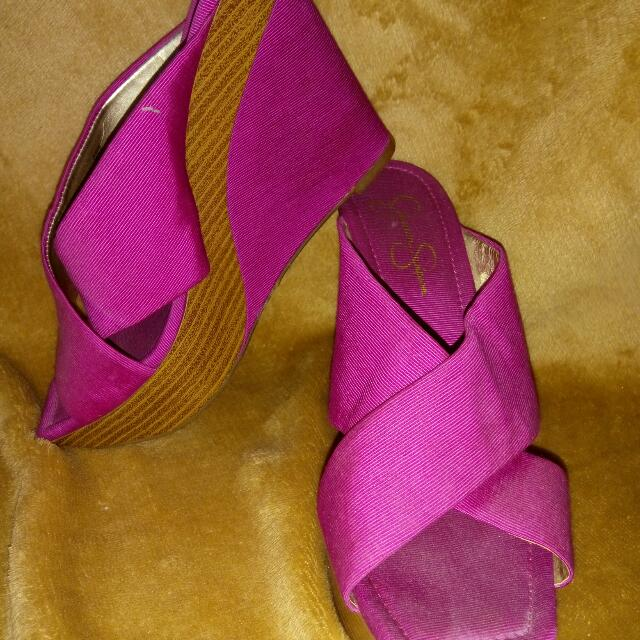 Used Fushia Jessica Simpson Wedge