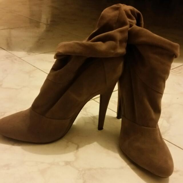 Verali Ankle Boots Size 8