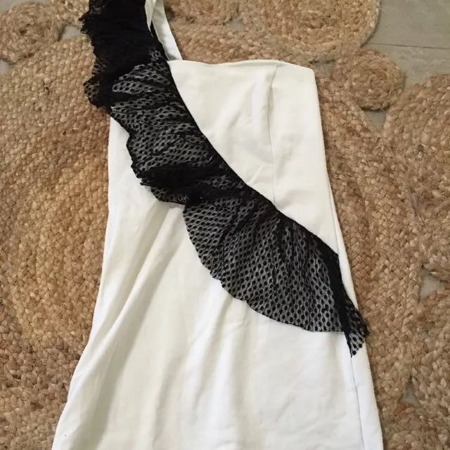 White And Black Going Out Dress Size 12