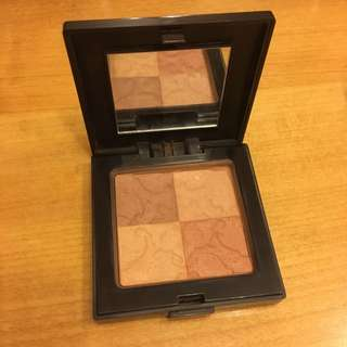 Laura Mercier 四色 Bronzer Moroccan Bronze Illuminating Powder