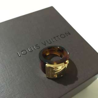 Louis Vuitton 戒子