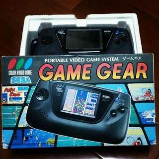 日製Sega game gear 主機 8成新 盒說