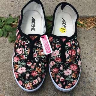 Ardene Floral Slip On Sneakers