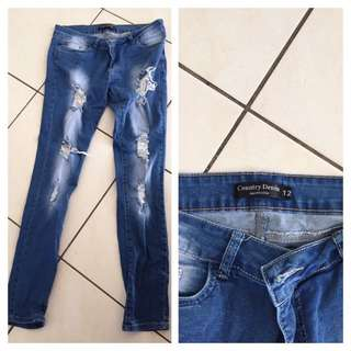 Country denim Size 12 Skinny Legs