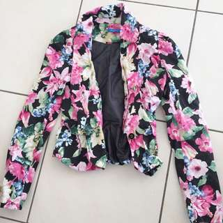 Valley girl Size 8 Floral Blazer