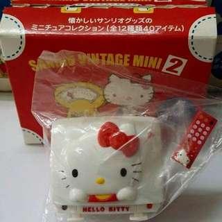 """2004 絕版 Sanrio Vintage mini 2 """"Hello Kitty 電視機 + 電話"""""""