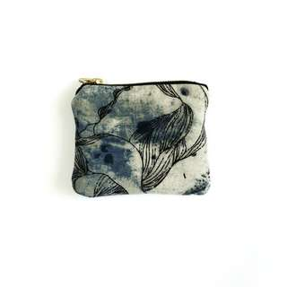 Water Smudge Coin Pouch