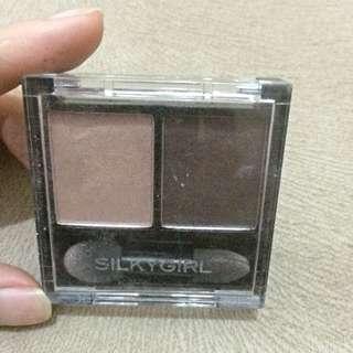 Silkygirl Palette Double Intense Duo Eye Shadow Shade: Mocha Latte