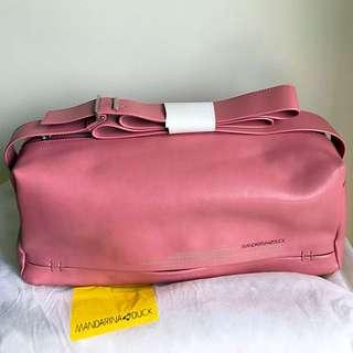 Mandarina Duck dusty pink shoulder bag