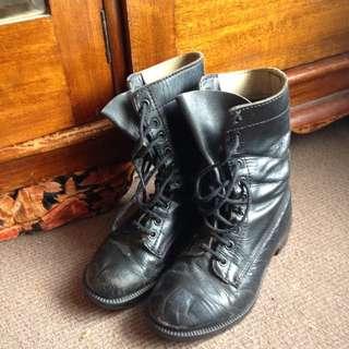 Highmark Boots