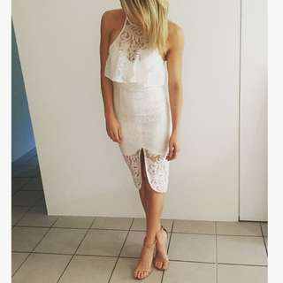 White Dress Size 8 Never Worn - Includes postage in Aus!!