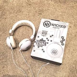 WICKED AUDIO HEADPHONES ( Black And White) EVAC $20