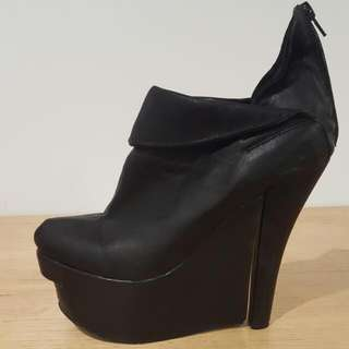 Size 10 Jeffery Campbell Boots