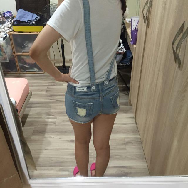 吊帶短褲~