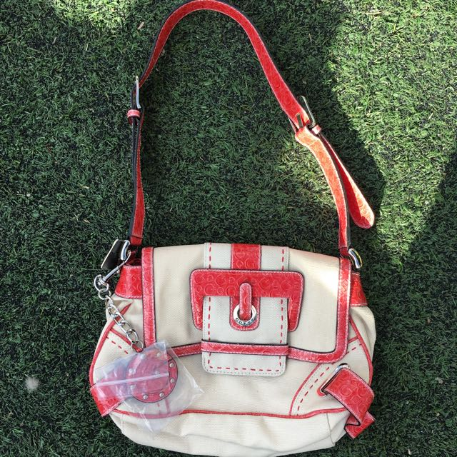 Authentic Guess Handbag (with Tag)