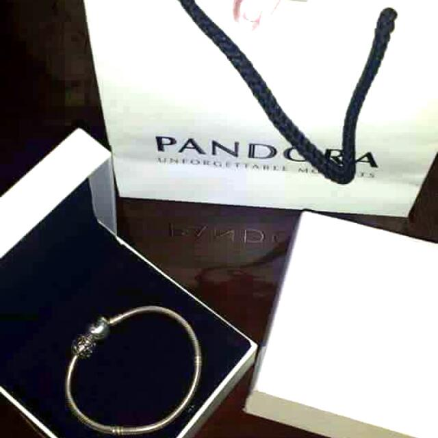 Authentic Pandora Bracelet With One Free Charm