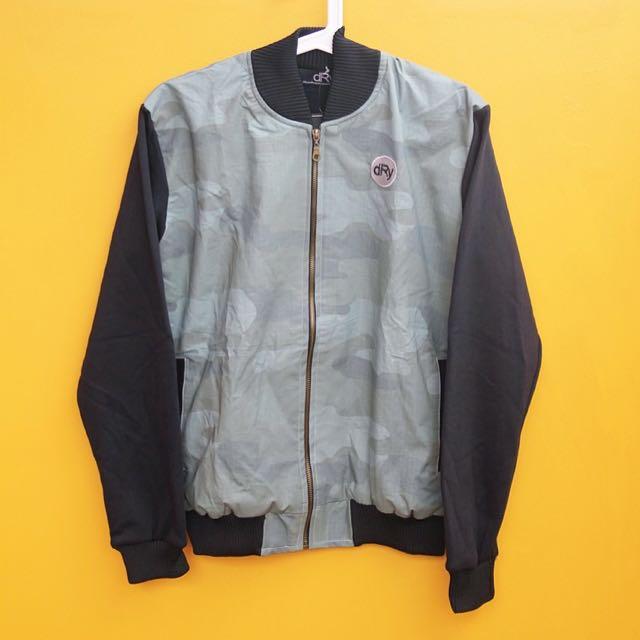 Bomber Jacket: dRy-f