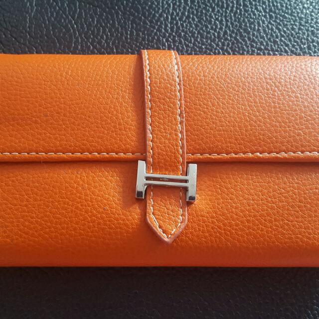 Hermès Lookalike Slim Wallet - Orange Fake Leather