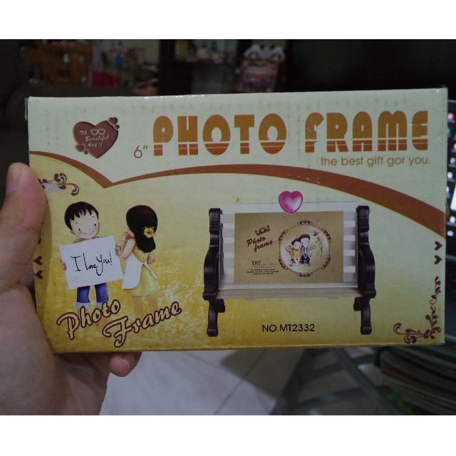 Photo Frame (Bench) NEW