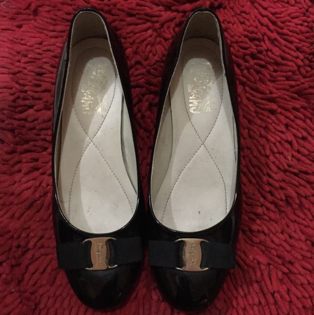 Salvatore Ferragamo Vara Pump Shoes