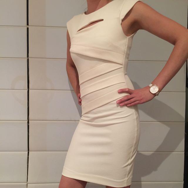 Size 6 Sheike Dress