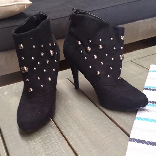 Size 8 Boots With Heel