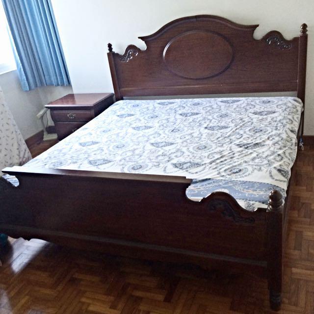 Antique Wooden Bed + 1 Side Drawer (Set)