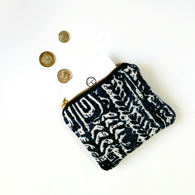 Wording Engrave Coin Pouch