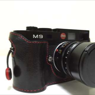 Leica M9 With Ciesta Leather Case+2 Leica Original Batteries