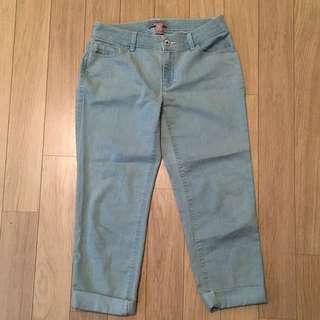 Lace Pocket Boyfriend Crop Jeans