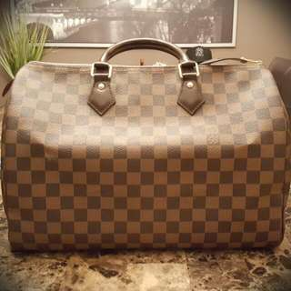 Authentic Louis Vuitton Damier Speedy 35