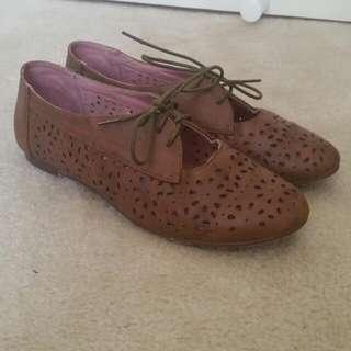 Size 8 Shoes