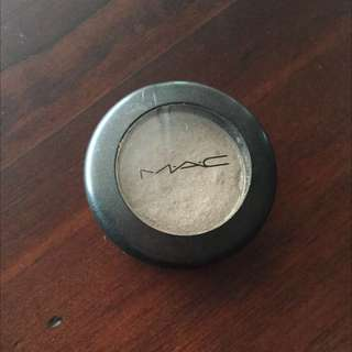 MAC single eyeshadow
