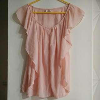 粉色絲質上衣