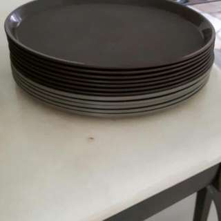 12Pcs Of Plastic Trays .Diameter 35cm. All to go at $10 only.