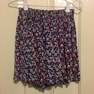 Cotton On Dark Flower Skort