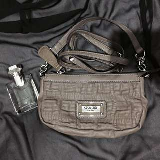 GUESS Handbag/sling bag