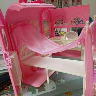 芭比娃娃屋