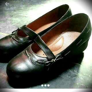 Dr Kao 黑色娃娃鞋 38號
