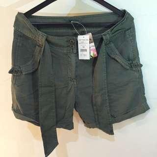 Cotton On Australia - Green Army Short Pants