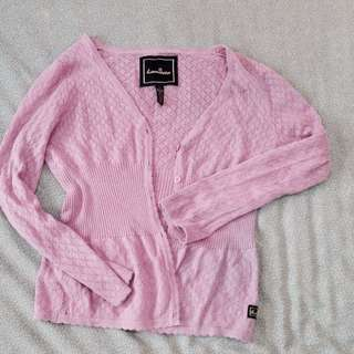 Pullovers and Sweaters