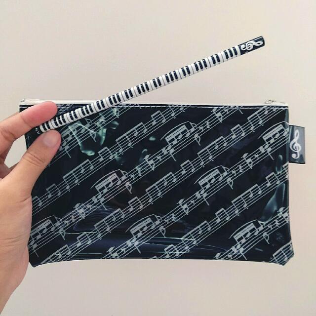 【近全新】音樂系列 五線譜塑膠筆袋 附一支鉛筆