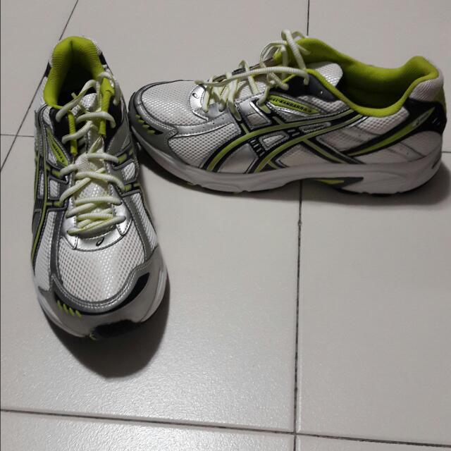 e8a6c900f1c Asics Gel-Kanbarra 4 SP Shoe, Size US 10, Men's Fashion, Footwear on  Carousell